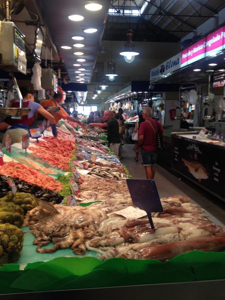 Das Angebot an frischem Fisch ist im L'Olivar unschlagbar