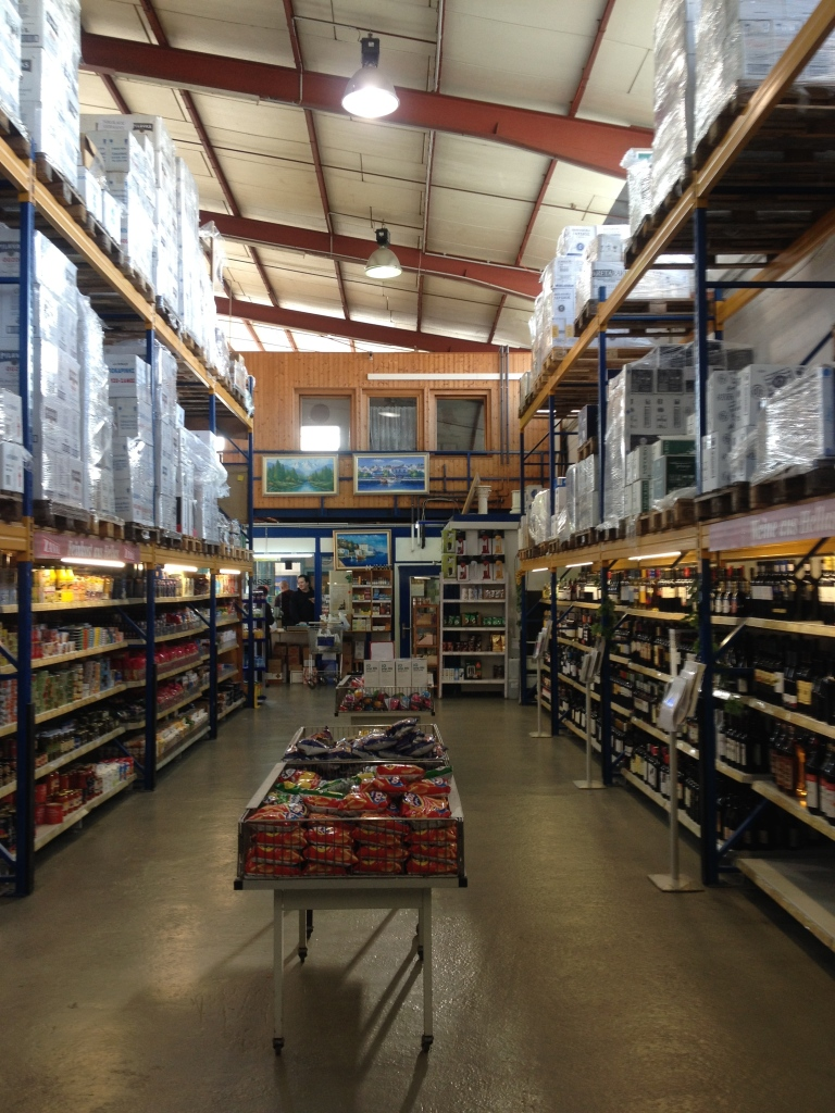 Wer griechische Lebensmittel sucht, ist im vorderen Teil der Halle richtig