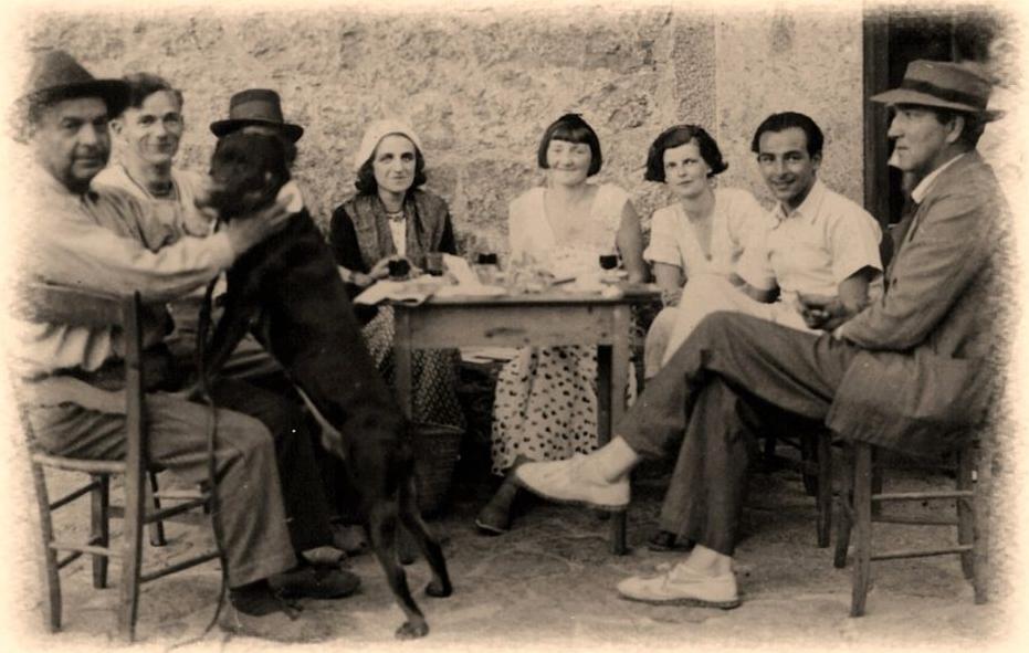Robert Graves mit Gefolge