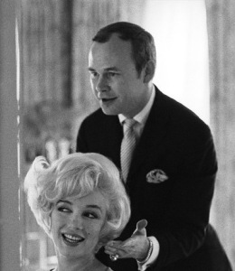 1961 ca - Kenneth Batelle mit Marilyn Monroe