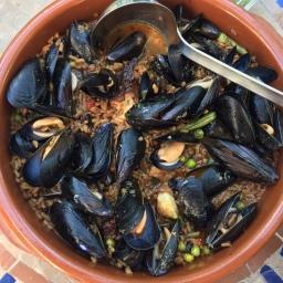 Mallorquinischer Arros Brut – zwischen Suppe und Paella