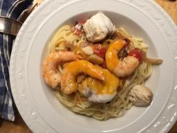Spaghetti mit Garnelen und Lotte