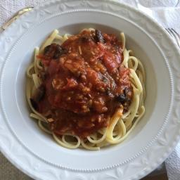Tomatensauce mit Sobrasada und Honig