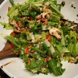Salat mit Kurkuma